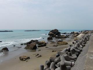 若見海岸、奥階段付近