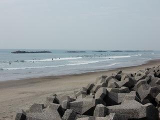 若見海岸、東側