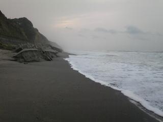 砂浜がな~い!