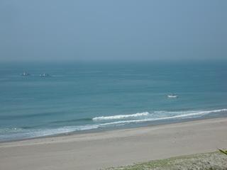 天気もいいし、海もいい。