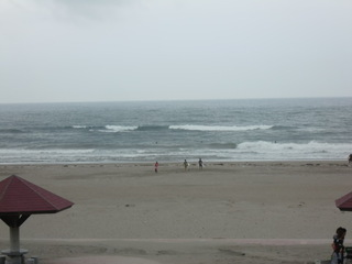 まだちょっと波