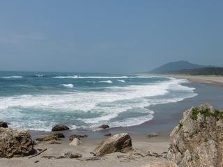 波はやや高いです。