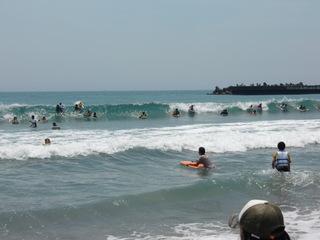 波に乗れ~。