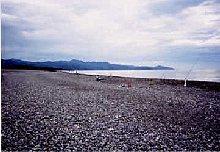 七里御浜の左手方向を撮影。