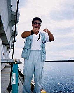 鵜殿港のきんどんさん、狙いは「見える」お魚さん。