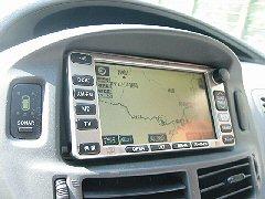 熊野界隈を走っている車中、ナビです。